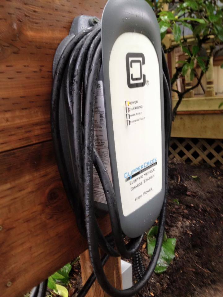 Even The Innkeepers Had An Electric Vehicle Universal Charger