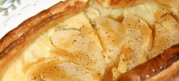 Puffed Pear Pancakes